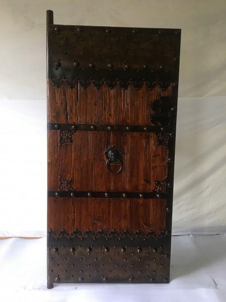 Antike Mittelaltertür Eingangstür Breite100cm x Höhe 200cm Massivholz mit Eisenbeschlägen
