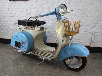 """Motorrad """"Roller """"Motorradroller aus Blech Originalgröße Länge160cm x Höhe97cm"""