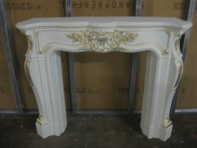 "Kaminumrandung ""Barockstil"" Kaminverkleidung weiß mit Farbgold Ornamente, Breite140cm"
