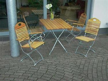 Biergartengarnitur Baden Baden verzinkt Tisch 110x70cm + 4 Stühle ohne Armlehnen
