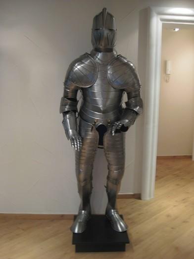 """Reiterrüstung Modell """" Heinrich """" Höhe 185cm zum anziehen und Showakt"""