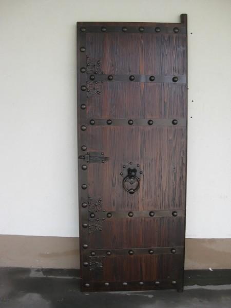 Antike Mittelaltertür Mittelaltertor mittelalterliche Eingangstür Breite70cm x Höhe 200cm links Mass